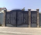 Ворота распашные и откатные любой сложности